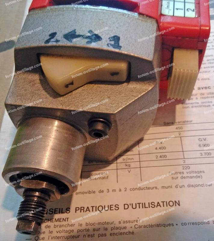 démontage bloc moteur Peugeot MT 753