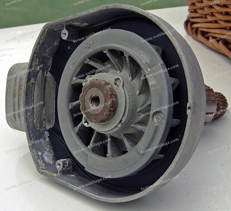 démontage roulement ponceuse orbitale Bosch