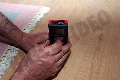 mesure hauteur sous plafond telemetre laser