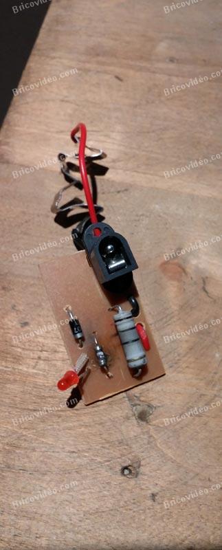 Remplacer composant électronique chargeur perforateur OUTIROR XPSF 24