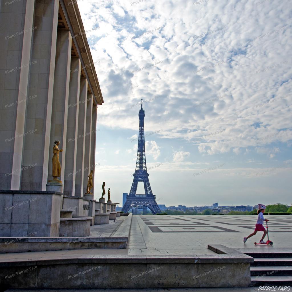 Tour Eiffel en période de confinement - Photo Patrice Faro